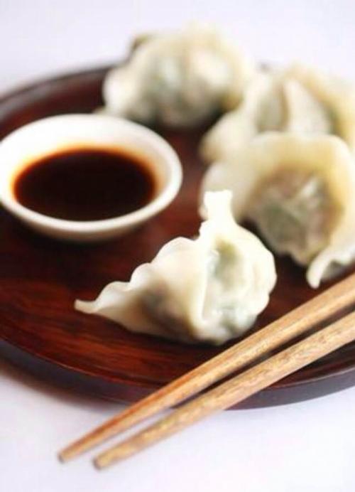 Китайські цзяоцзи із соєвим соусом