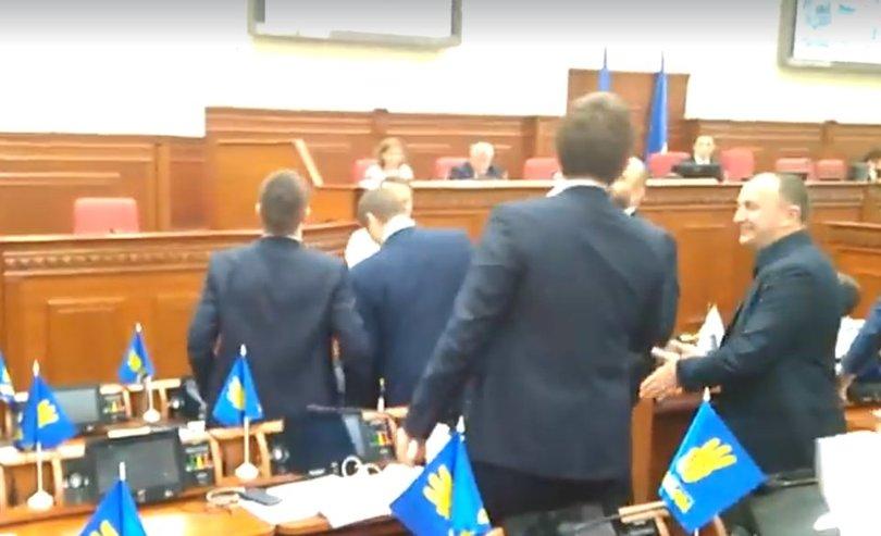 У Київраді під час засідання обвалилась стеля