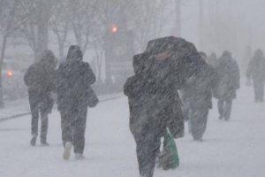 Справжня зима: на українців чекають люті морози (мапа регіонів)