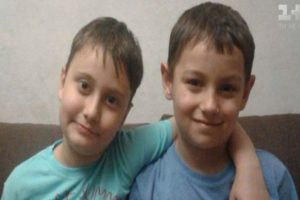 Історія двох 8-річних друзів з Києва змусила плакати телеведучу ТСН у прямому ефірі