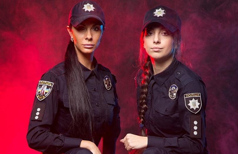 ідома поліцейська показала свою фотосесію з колегами. Фото: @lyudmila_milevich