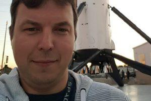 Український інженер програмував ракету Falcon (фото)