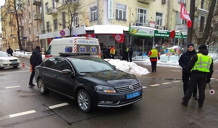 Кортеж Петра Порошенка збив пенсіонера в центрі Києва
