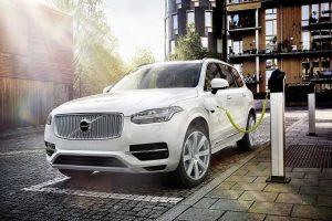 В Україні ввели мито на електромобілі