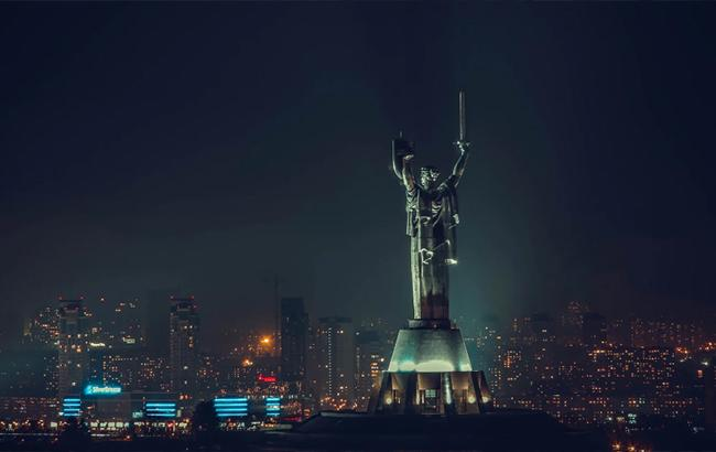 Фото: Нічний Київ (500px.com Irina Ishchenko)