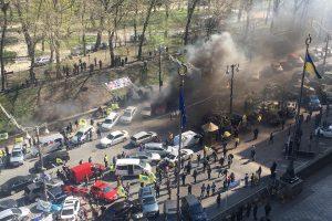 Власники авто на єврономерах протестуватимуть проти нового закону про розмитнення