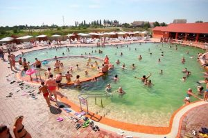 5 курортів з термальними джерелами в Карпатах, кращих, ніж море