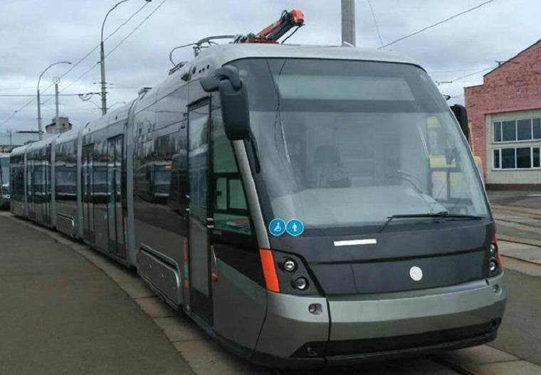 До Києва прибула партія низькопольних трамваїв зі Львова.