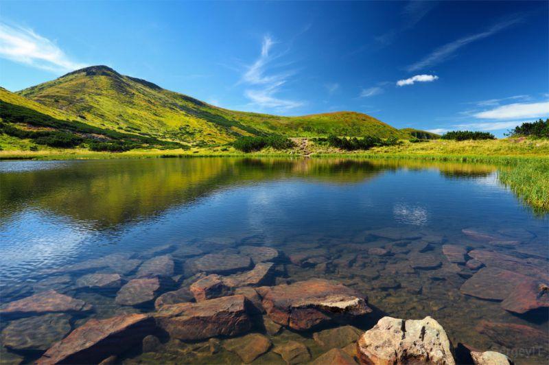 Озеро Несамовите, Карпати