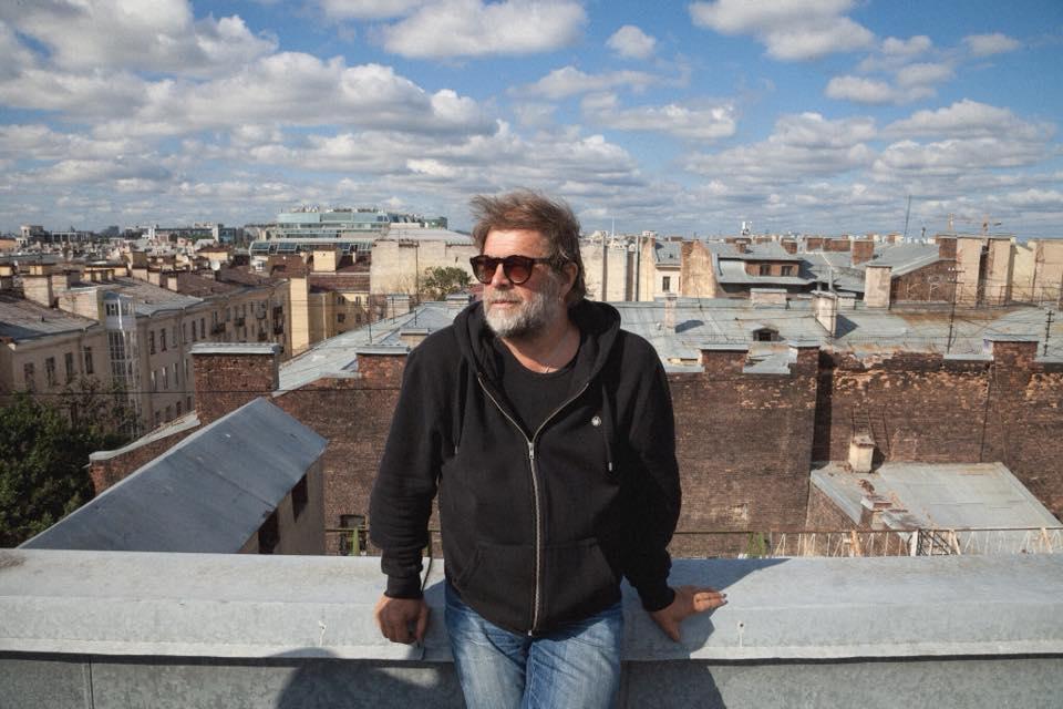 Борис Гребенщиков на Пейзажной аллее в Киеве
