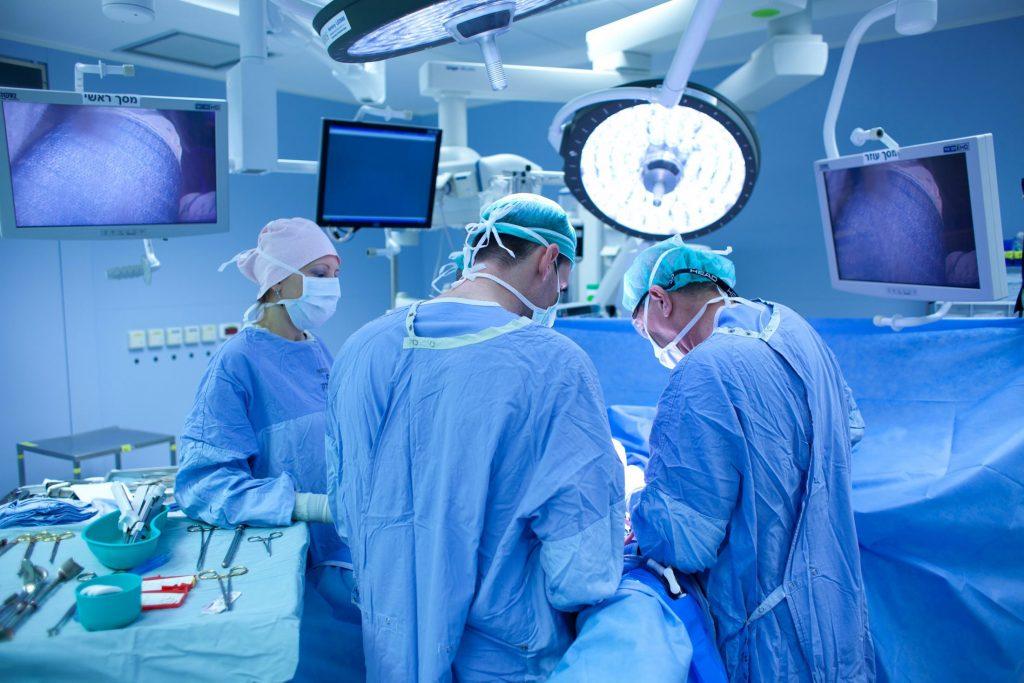 операція лікарі медицина хірургія