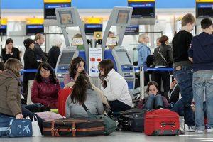 Затримка або скасування авіарейсу: що робити туристам, які опинилися в цій ситуації