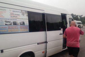 Повний автобус пасажирів: під Києвом спіймали п'яного водія маршрутки