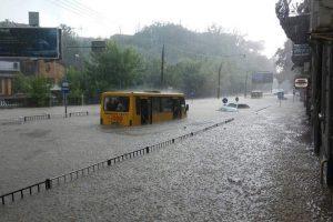 Вслід за Києвом. Такого потопу у Львові ще не бачили (фото) (відео)