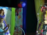 Акторів київського театру помітили на гастролях у Криму (відео)