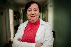 Лікарку, яка відмовилася лікувати ветерана АТО, звільнили вдруге