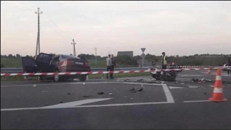 На трасі Київ-Чоп розбився 27-річний мотоцикліст