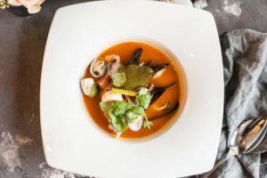 У київському ресторані безкоштовно пригощають устричним супом в честь автокефалії