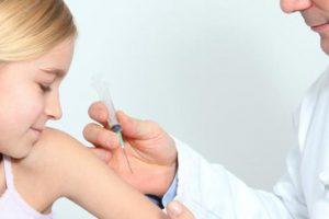 Українці зможуть безкоштовно вакцинуватись в приватних клініках