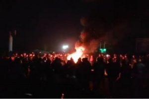 """""""Євробляхери"""" блокують пункти пропуску на Заході України – палять шини і встановили намети"""
