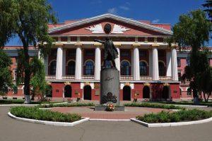 У Києві демонтують пам'ятник Олександру Суворову