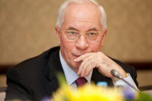 Азаров хоче повернутися до Києва