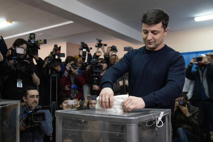 Зеленський проголосував і похвалив Саакашвілі