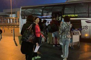 МАУ втрапила у гучний скандал, забувши десятки пасажирів у аеропорту: всі деталі
